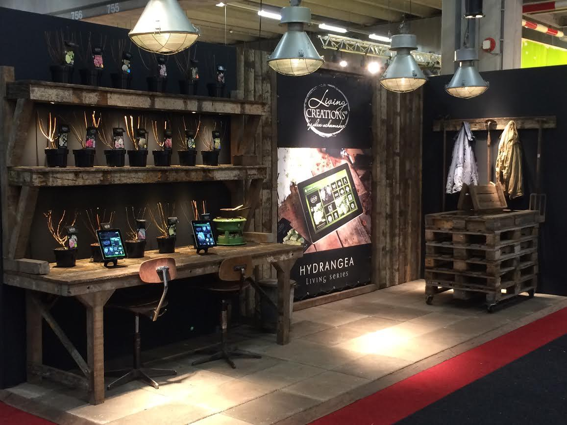 Stand-beurs-Large
